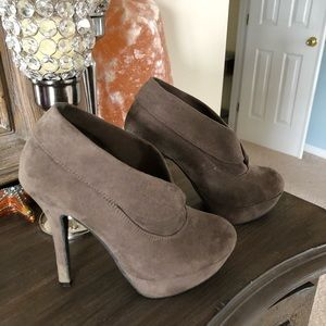 Mossimo Brown Suede Bootie Heels Size 6